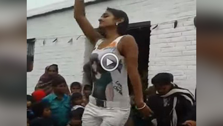hot dance of girl in marriage