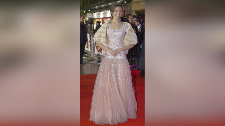 Some Serious Wardrobe Choices Of Deepika Padukone Must Avoid Repeating In Cannes