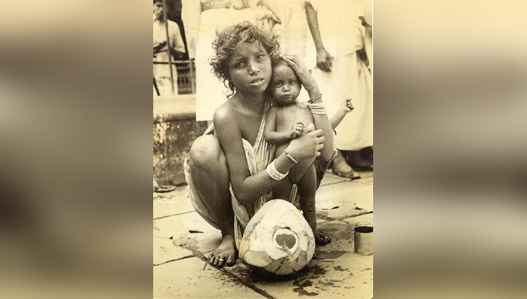 poor mothers and her children amazing pictures