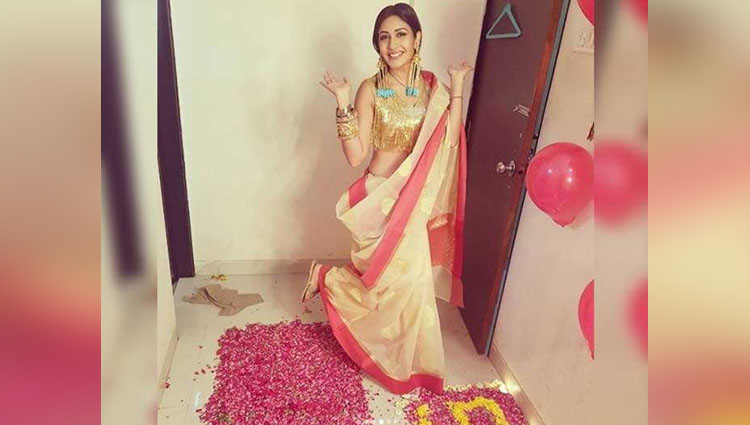 Ishqbaaz Fame Surbhi Chandna Celebrated Her 500k Followers on instagram