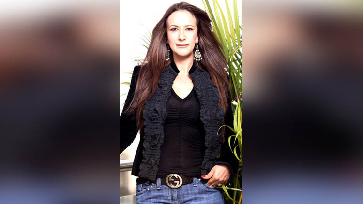 ayesha shroff wife of jackie shroff pictures