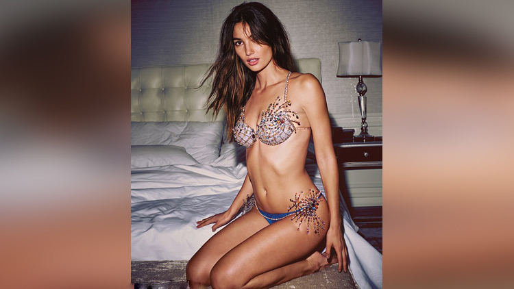 Lily Aldridge share her nude and hot photos on instagram