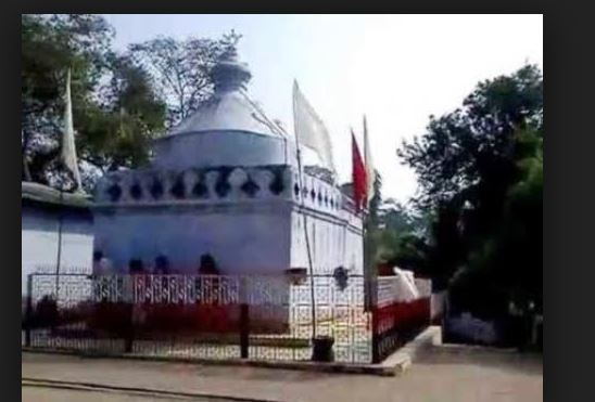Many story of Maa Ugratara Mandir Chandwa