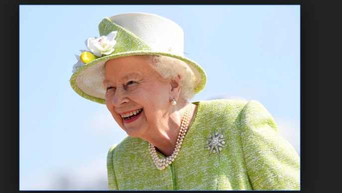 Queen Elizabeth II Social Media Manager Job Salary and Description