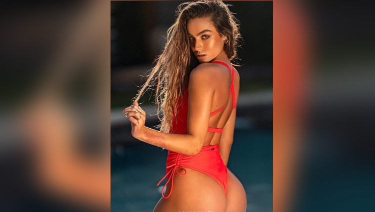 Sommer Ray sexy nude photos Sommer Ray new look