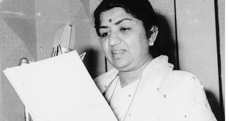 What happened when Lata Mangeshkar name was removed guinness world records