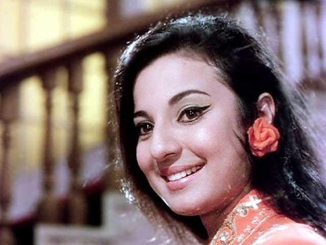 pictures of tanuja mukherjee
