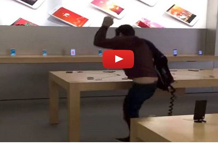 The man angrily broke 20 iPhone