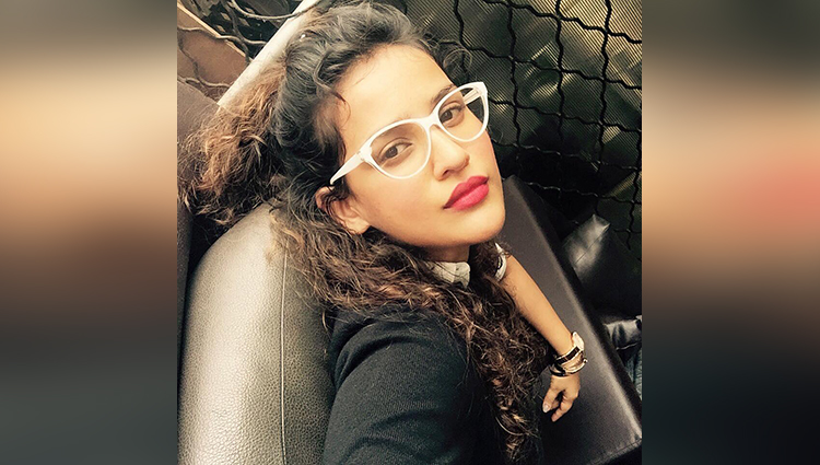 aisha  sharma share her hot photos