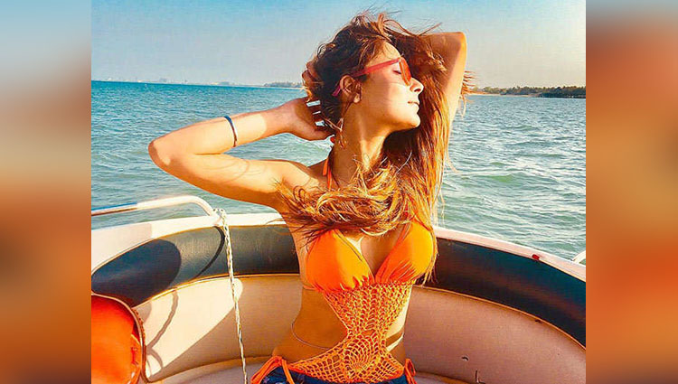 bidaai Actress Sara Khan Enjoying Holiday In Tanzania