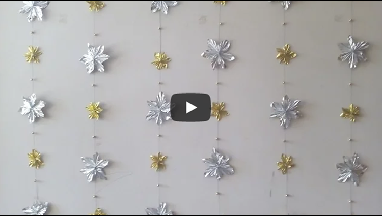 Christmas wall decor idea simple and affordable decor English subtitles