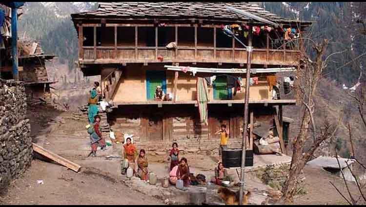 amazing and rare Pini village in kullu manali