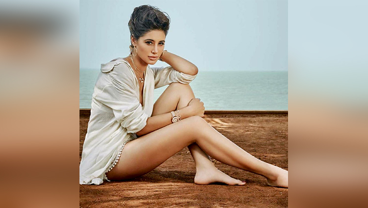 nargis fakhri share her hot and sexy photos