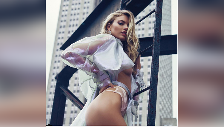 Martha Hunt hot and sexy photos gone viral
