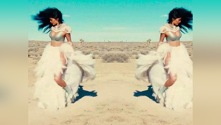 Kylie Jenner's Desert Photo Shoot With Sasha Samsonova