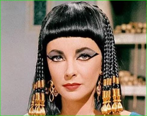 World Most Beautiful Queen Cleopatra mysterious life and facts