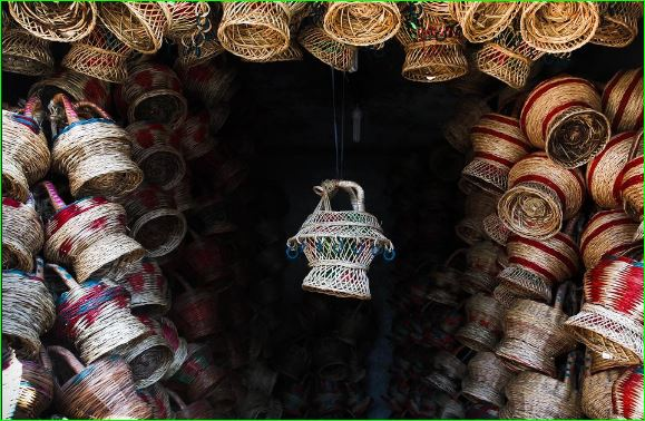 Kangri Kashmir Fire Pot That Keeps People Warm During winter