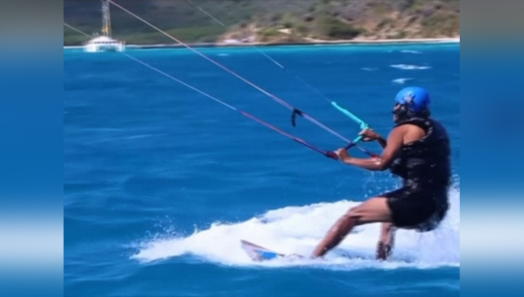 carefree obama kitesurfs in the caribbean
