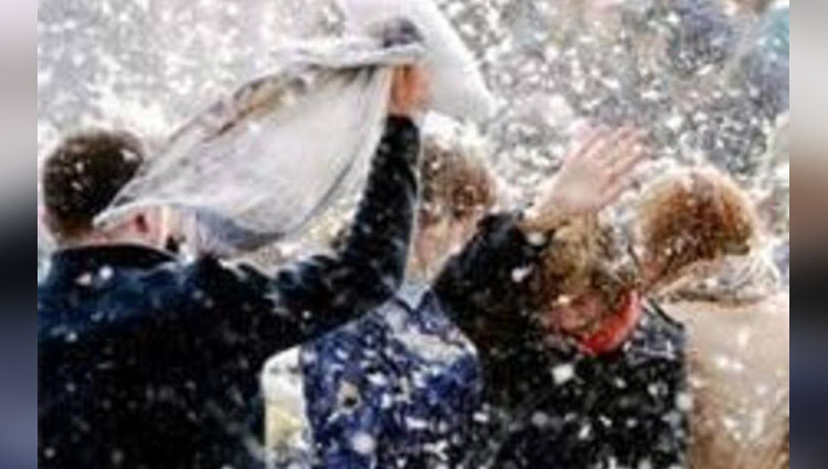 pillow fight events pictures
