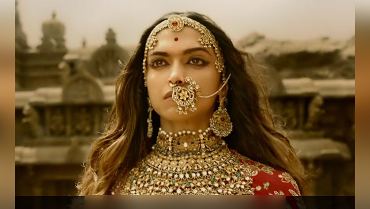deepika padukone really hot and beautiful actress in bollywood