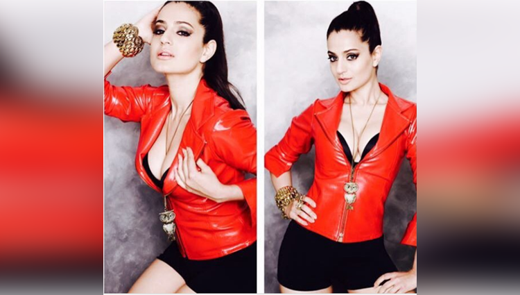 ameesha patel share always her hot and bold photos