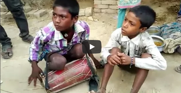 this Street Talent goes viral on Social Media