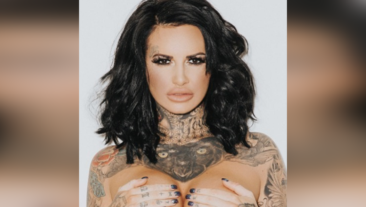 Jemma lucy share her hot and bold photos