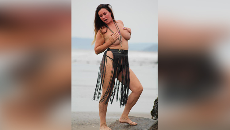 lisa appleton latest topless photos