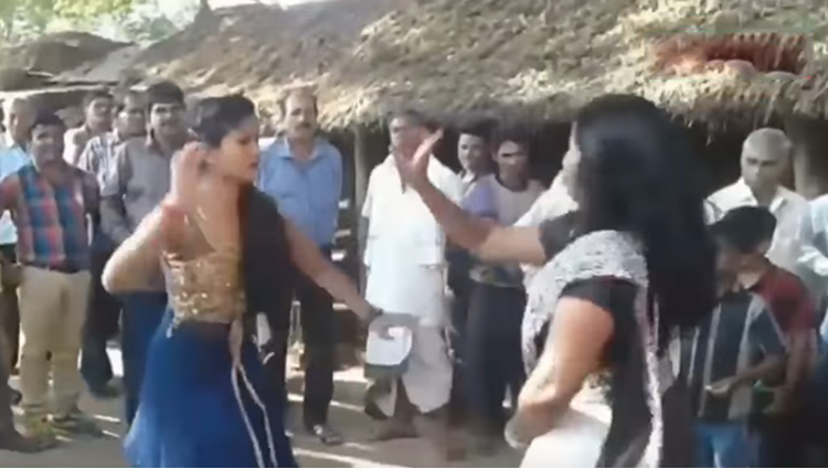 bhabhi hot dance video viral