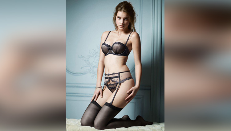 Barbara Palvin share her hot photos