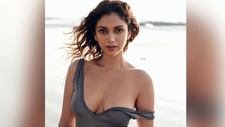 bold and sexy model aditi rao hydari