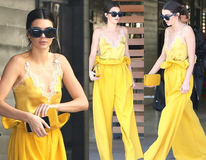 viral pictures of Kendall Jenner On Lunch Date With kardashian Sisters And Family