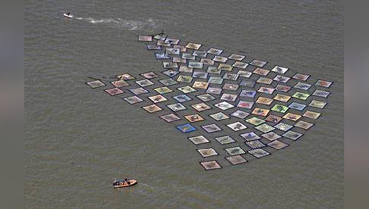 We Drift' Project Exhibition in river in Belgium