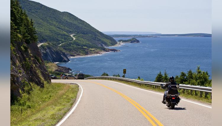 4 Breathtakingly Beautiful Road Tracks