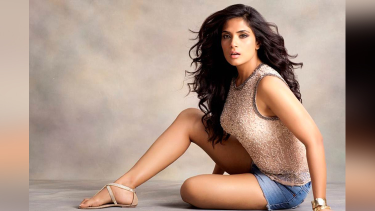Richa Chadda share her hot photos on instagram