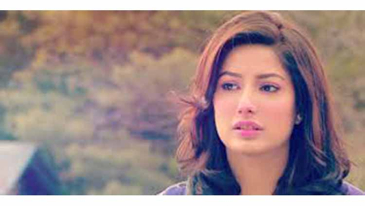 Mehwish Hayat beautiful photos