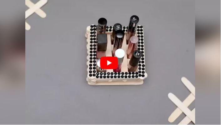 DIY: Make Lipstick Holder At Home