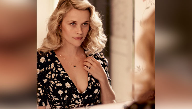 Reese Witherspoon share her hot and bold photos on instagram