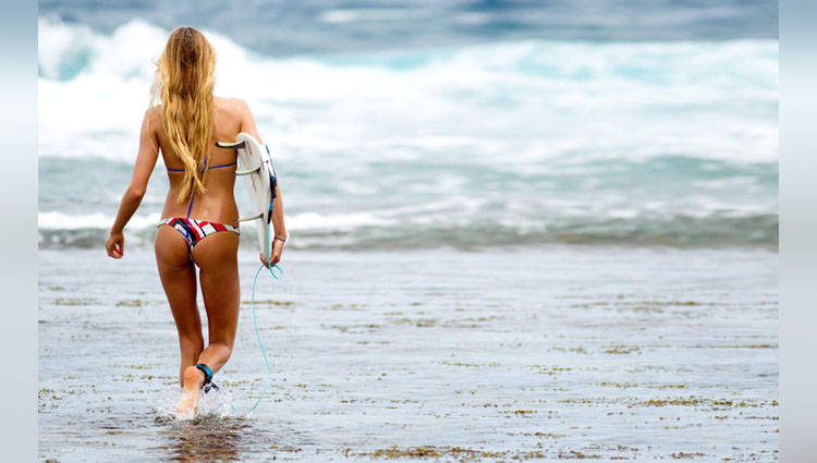Alana Blanchard not an actress she is a sports women player