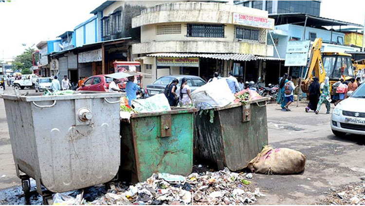 Swachh Bharat In Jamshedpur click a selfie with a dustbin to win a smartphone