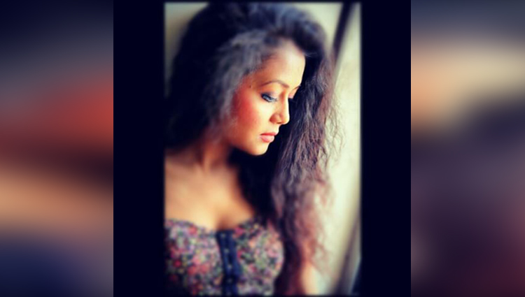 neha kakkar share her hot and bold photos