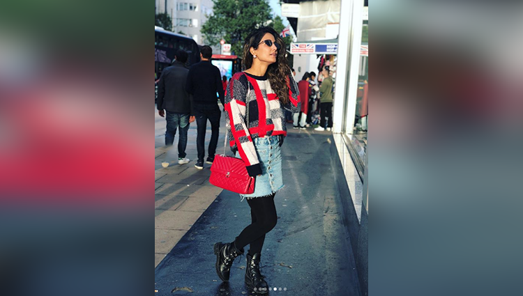 bold hina khan photos