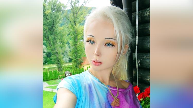 Human Barbie Valeria Lukyanova pictures
