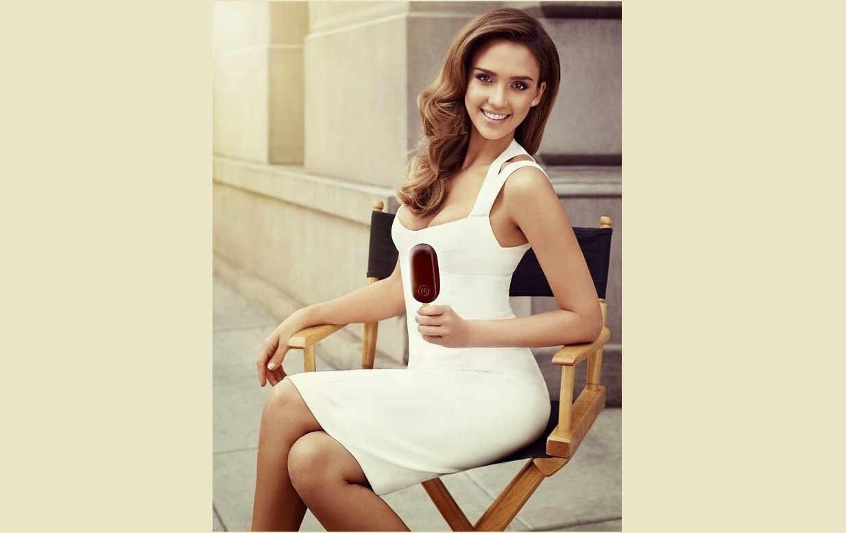 hollywood actress Jessica Alba