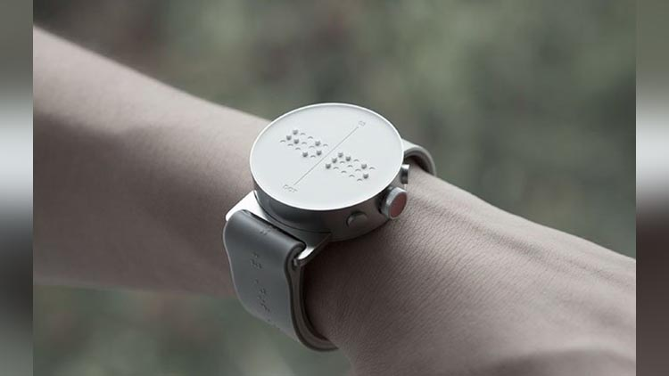 The First Smartwatch for Blind People Receives Braille