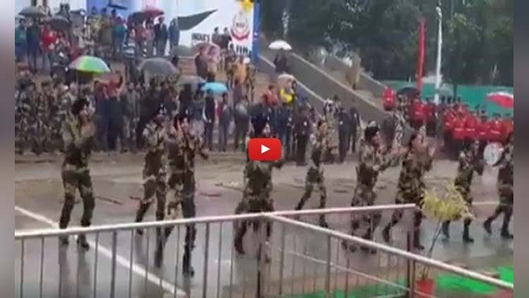 Indian army sikh soldiers doing bhangra