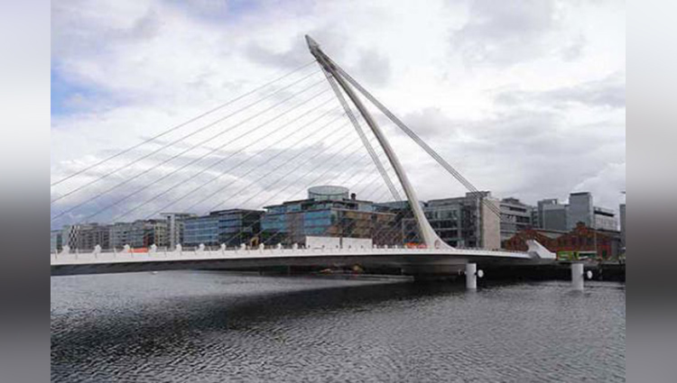 worl'd most weird and amazing bridges