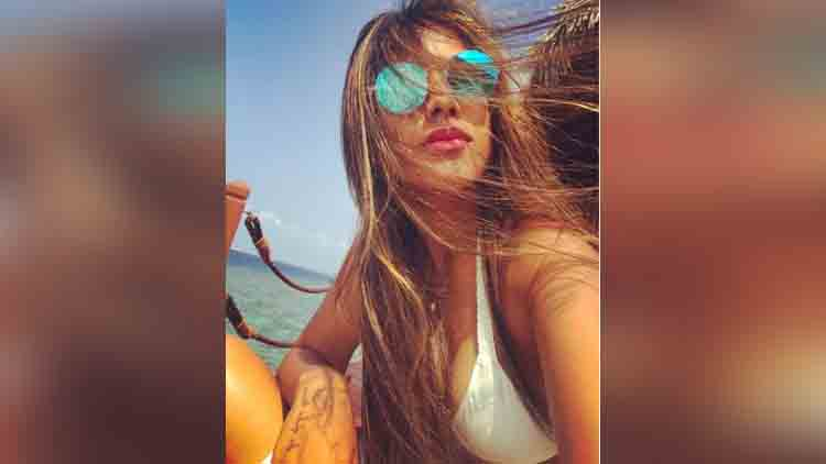 Nia Sharma Looks Like A Hot Water Baby In Her New Pictures