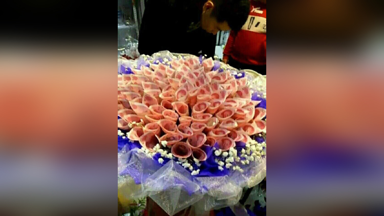 Man Proposes a girl With Bouquet of CASH