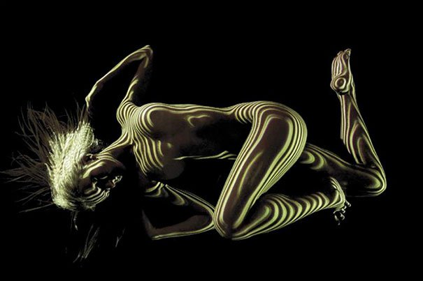 photographer Dani Olivier click nude models pictures in light poured